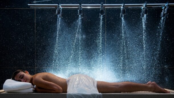 Azure Aqua Spa - Vichy Showers